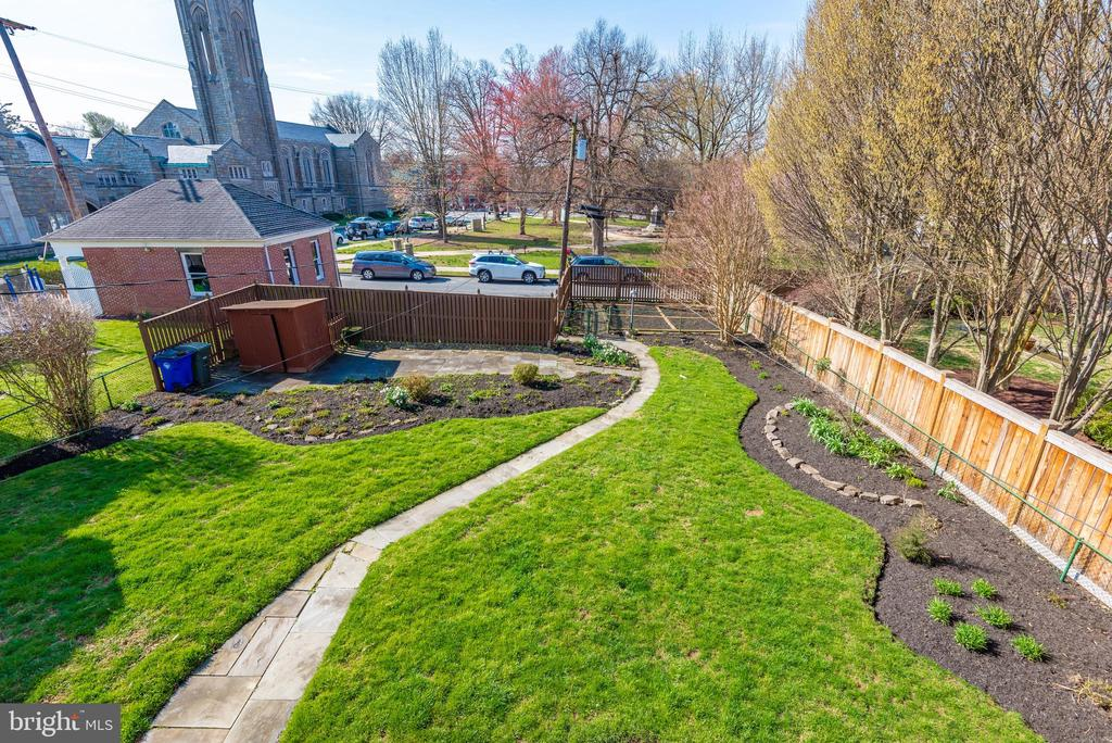 Garden view from upstairs balcony. - 202 ROCKWELL TER, FREDERICK