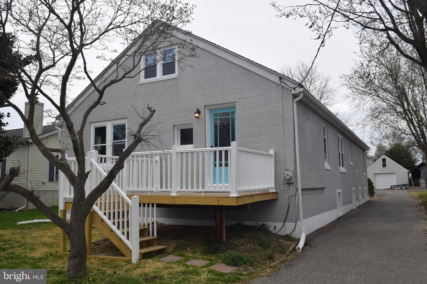 Photo of home for sale at 7412 Chesapeake Road, Baltimore MD