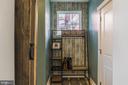Family entry area off garage - 17040 TAKEAWAY LN, DUMFRIES