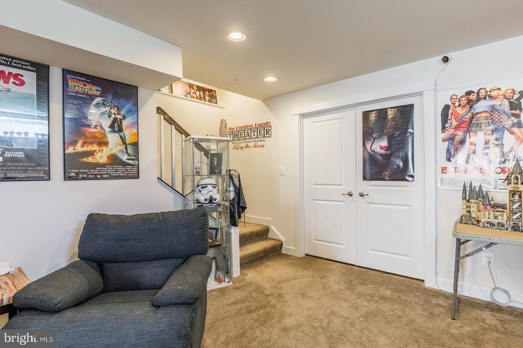 Finished basement, doors lead to expansive storage - 17040 TAKEAWAY LN, DUMFRIES