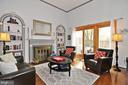 Living Room - 2415 9TH ST S, ARLINGTON