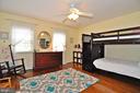 3rd floor bedroom - 2415 9TH ST S, ARLINGTON