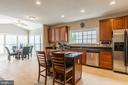 Beautiful large cabinets - 4157 AGENCY LOOP, TRIANGLE