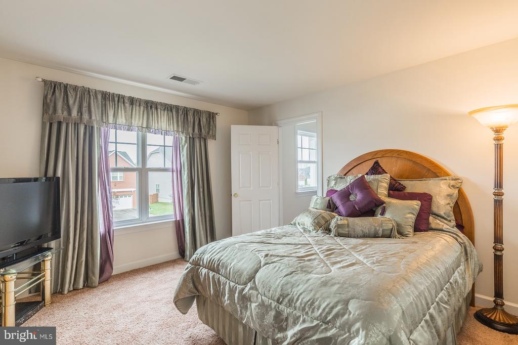 2nd bedroom with an incredible walk in closet! - 4157 AGENCY LOOP, TRIANGLE