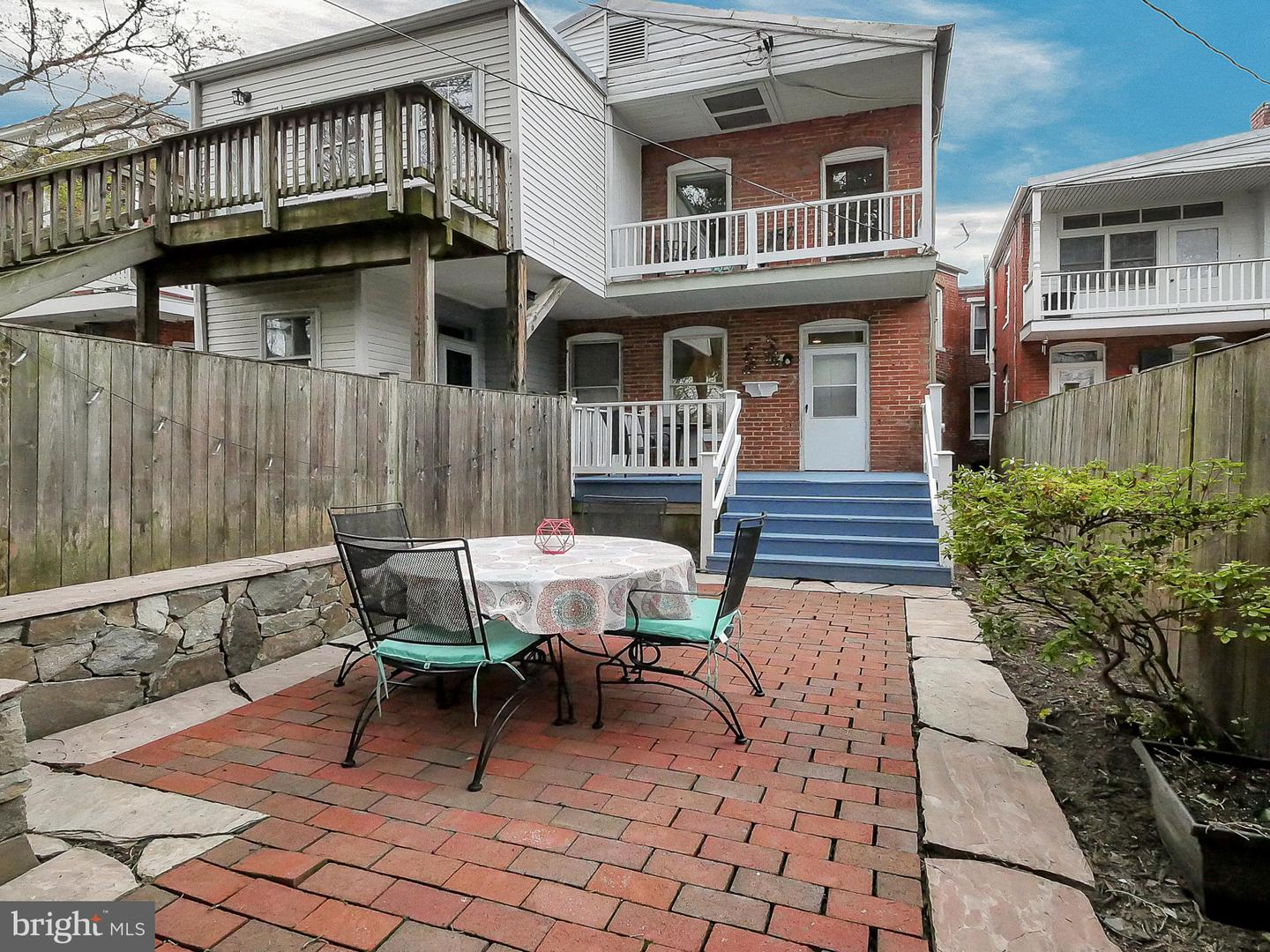 Additional photo for property listing at 14-A E Third St Frederick, Maryland 21701 United States