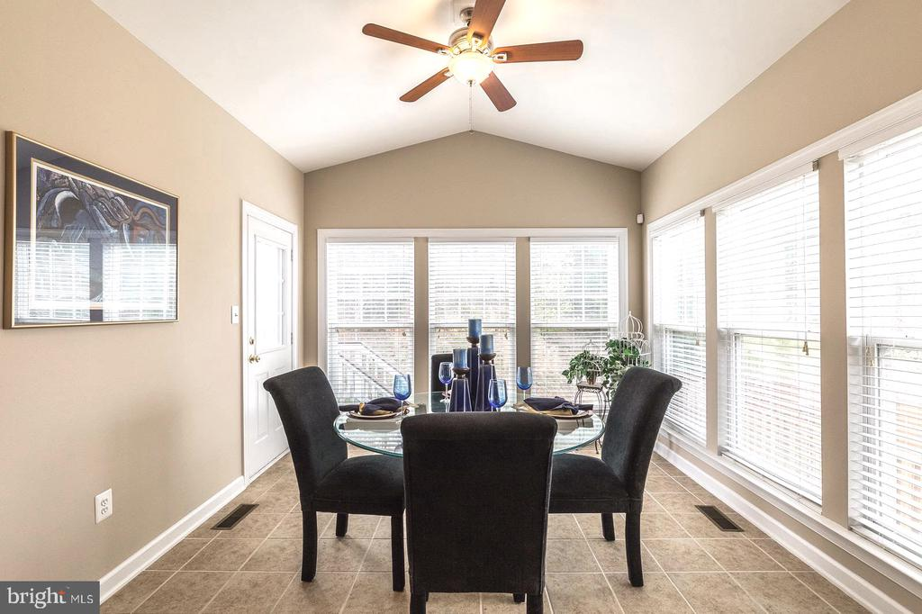 Enjoy your coffee in the sun/morning room - 4157 AGENCY LOOP, TRIANGLE