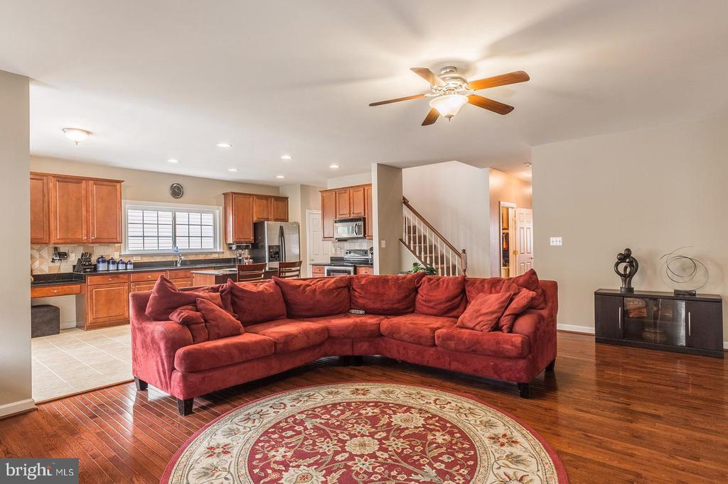 Wide open floor plan - great for entertaining - 4157 AGENCY LOOP, TRIANGLE