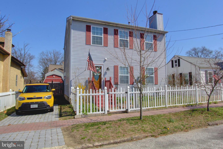 独户住宅 为 销售 在 707 COLUMBIA BLVD National Park, 新泽西州 08063 美国