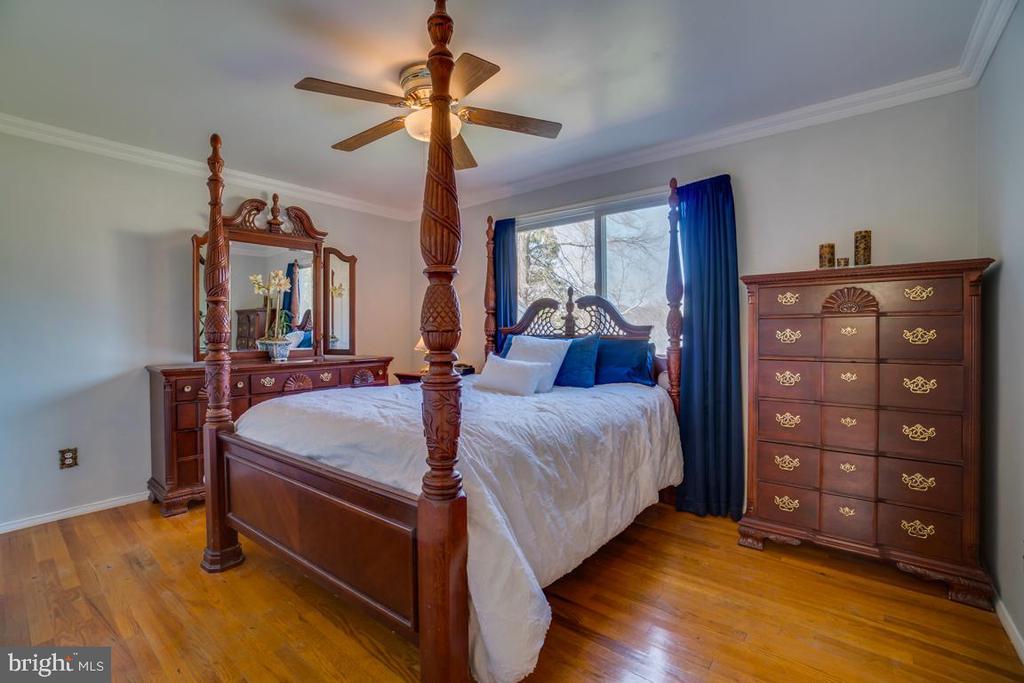 Master Bedroom - 922 CROTON DR, ALEXANDRIA