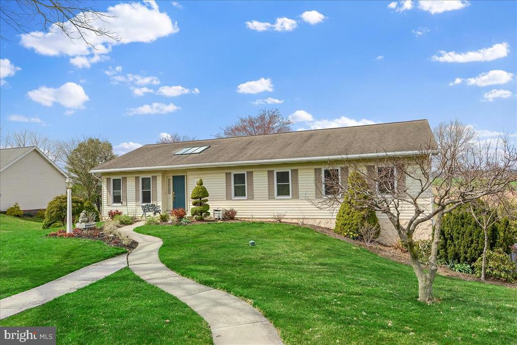 579  HI VIEW DRIVE, Manheim Township, Pennsylvania