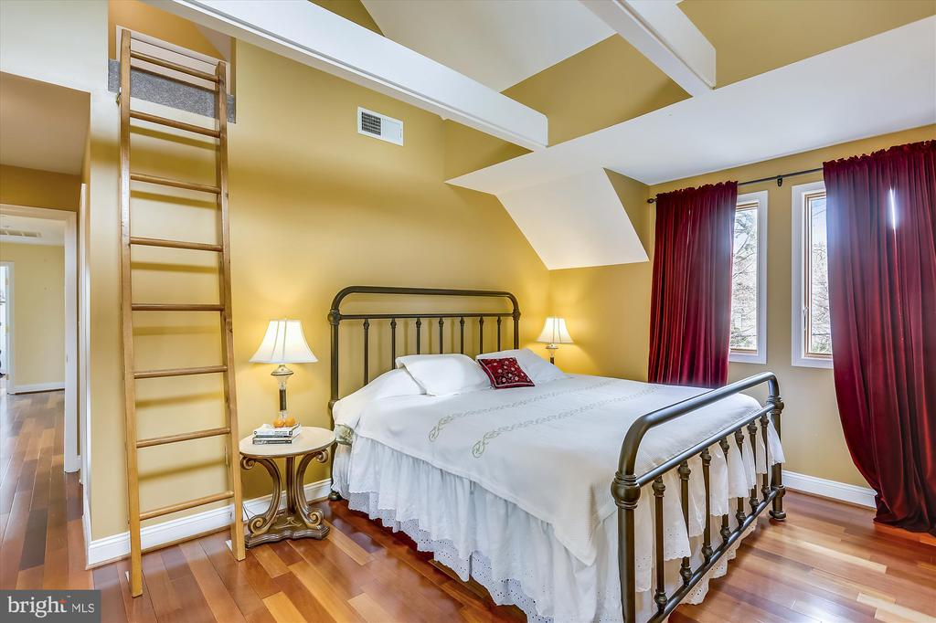 Master Bedroom - 4914 BANGOR DR, KENSINGTON