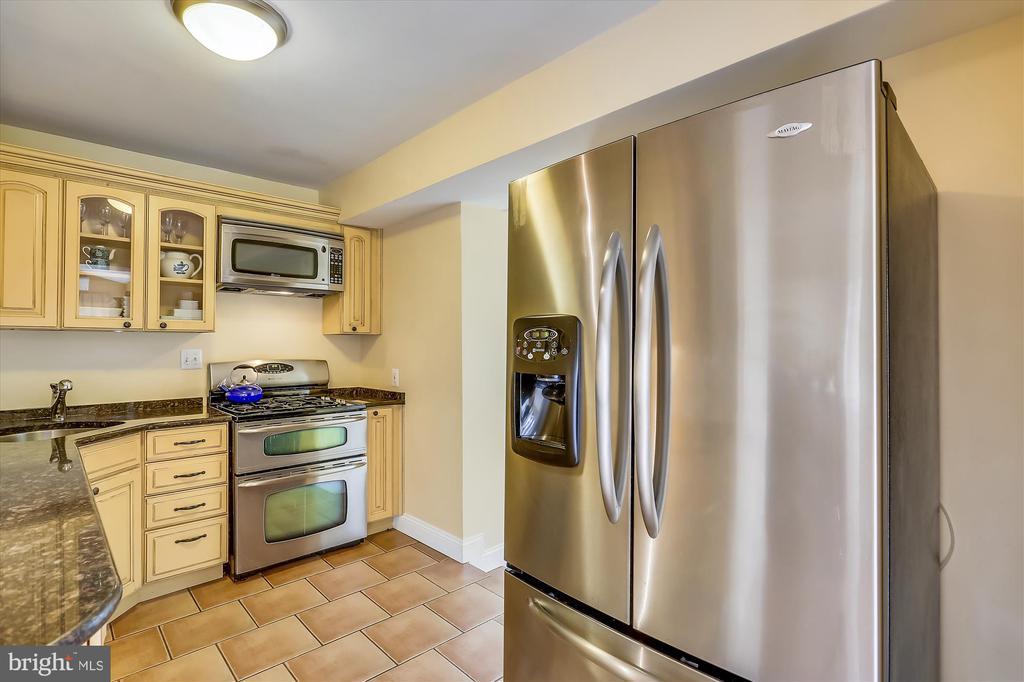 Kitchen - 4914 BANGOR DR, KENSINGTON
