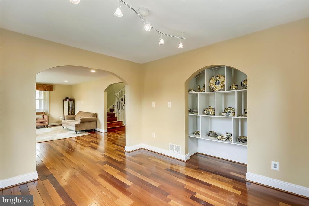 Family Room - 4914 BANGOR DR, KENSINGTON