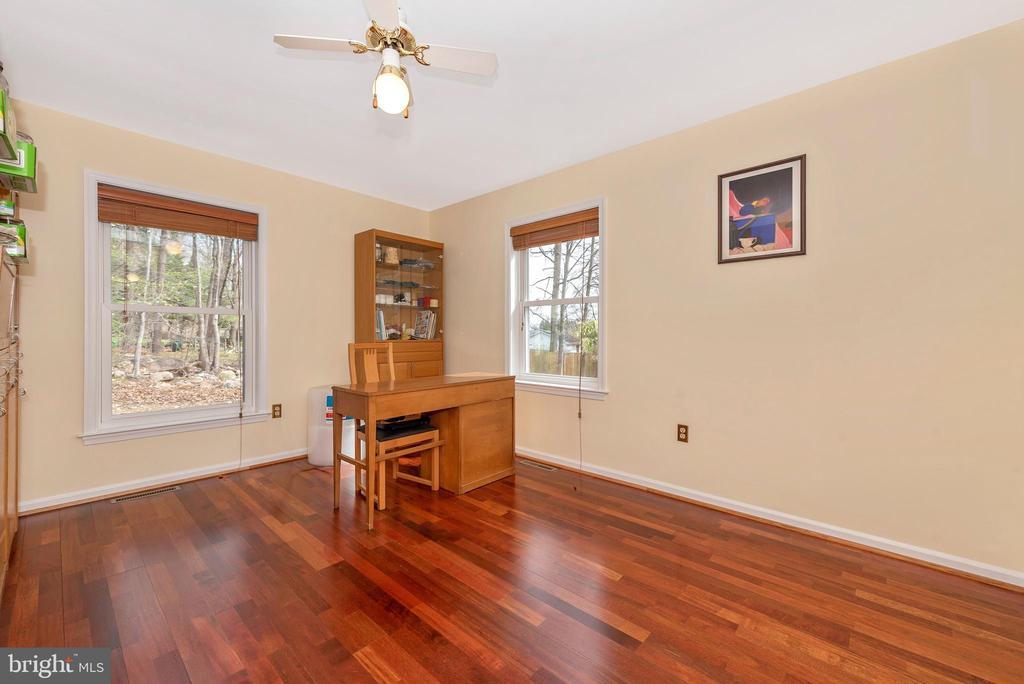 Main level bedroom #2. - 13712 PRYOR RD, THURMONT