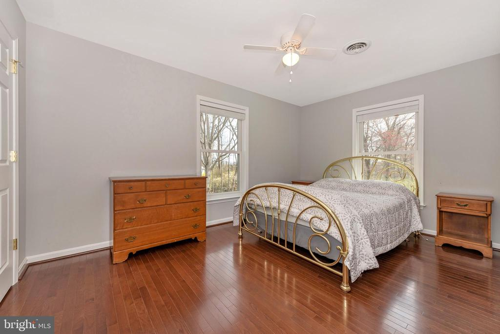 Upper level bedroom #4. - 13712 PRYOR RD, THURMONT