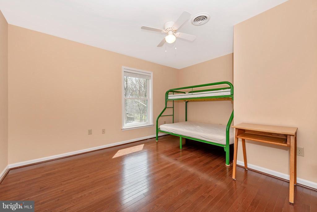 Upper level bedroom #3. - 13712 PRYOR RD, THURMONT
