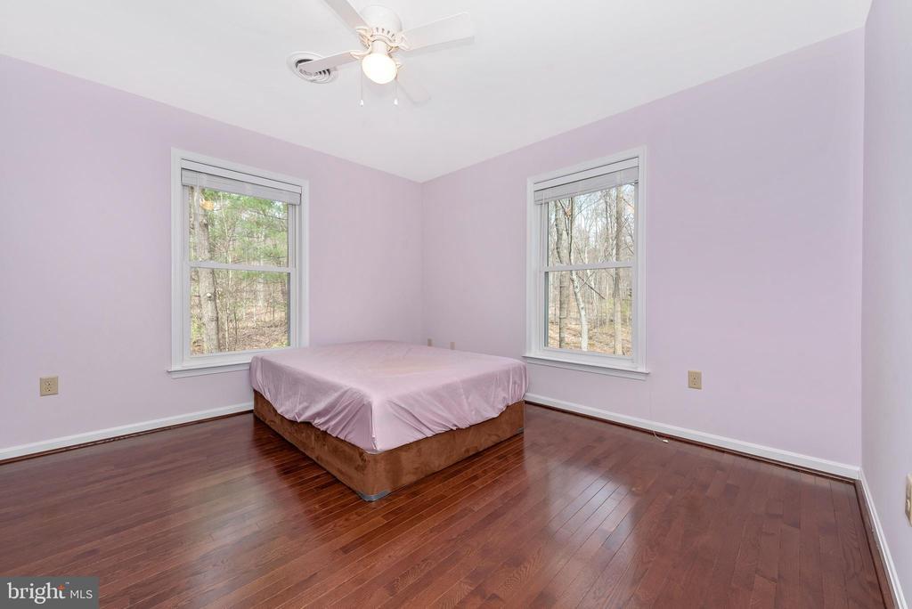 Upper level bedroom #5. - 13712 PRYOR RD, THURMONT