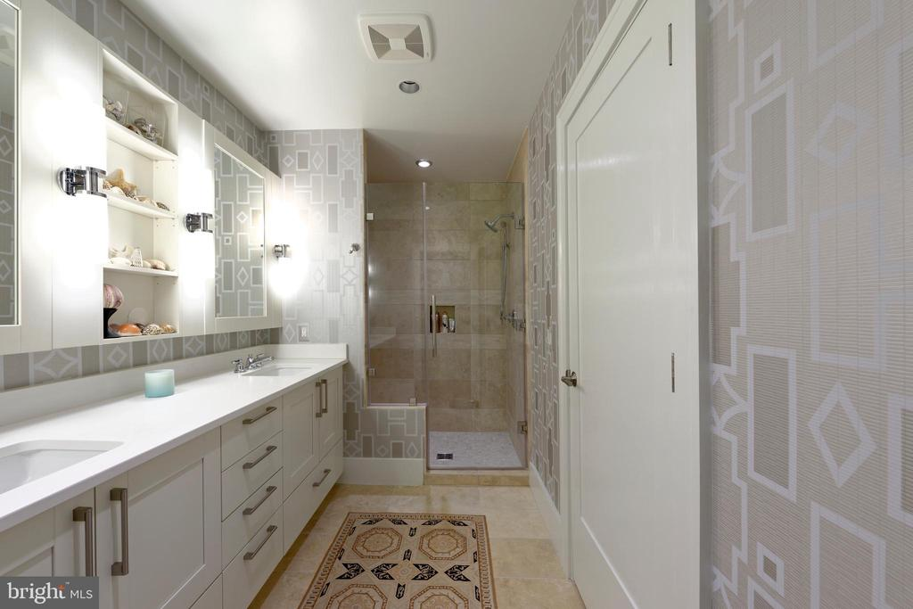 Dual vanities w/ ample storage in the master bath - 601 N FAIRFAX ST #316, ALEXANDRIA