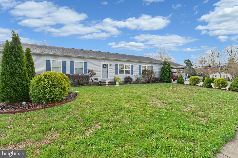 Single Family Homes pour l Vente à West Deptford, New Jersey 08086 États-Unis