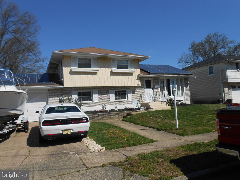 Villa per Vendita alle ore 709 GEORGE LANE Glendora, New Jersey 08029 Stati Uniti