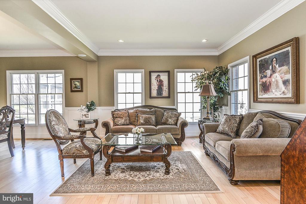 Living Room - 43359 LA BELLE PL, ASHBURN