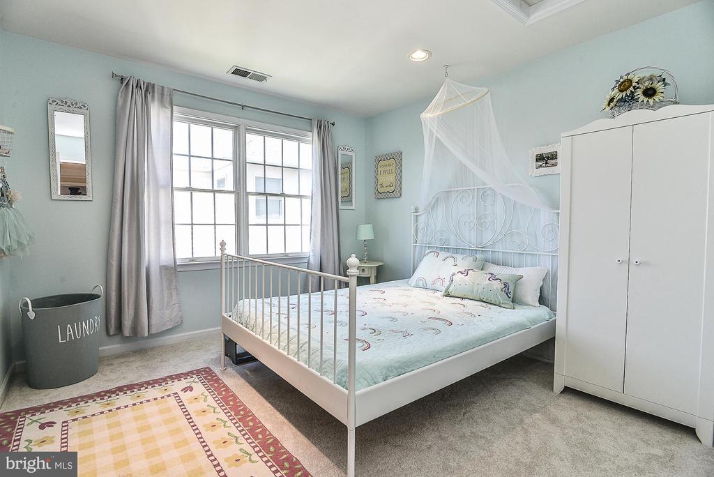 Bedroom #3 - 43359 LA BELLE PL, ASHBURN