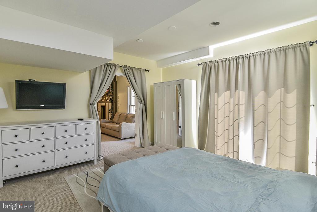 Lower Level Bedroom - 43359 LA BELLE PL, ASHBURN