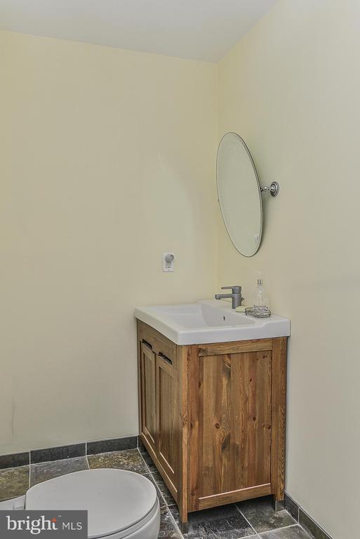 Lower Level Bath - 43359 LA BELLE PL, ASHBURN