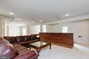 Full size custom bar....CHEERS! - 44267 OLDETOWNE PL, ASHBURN