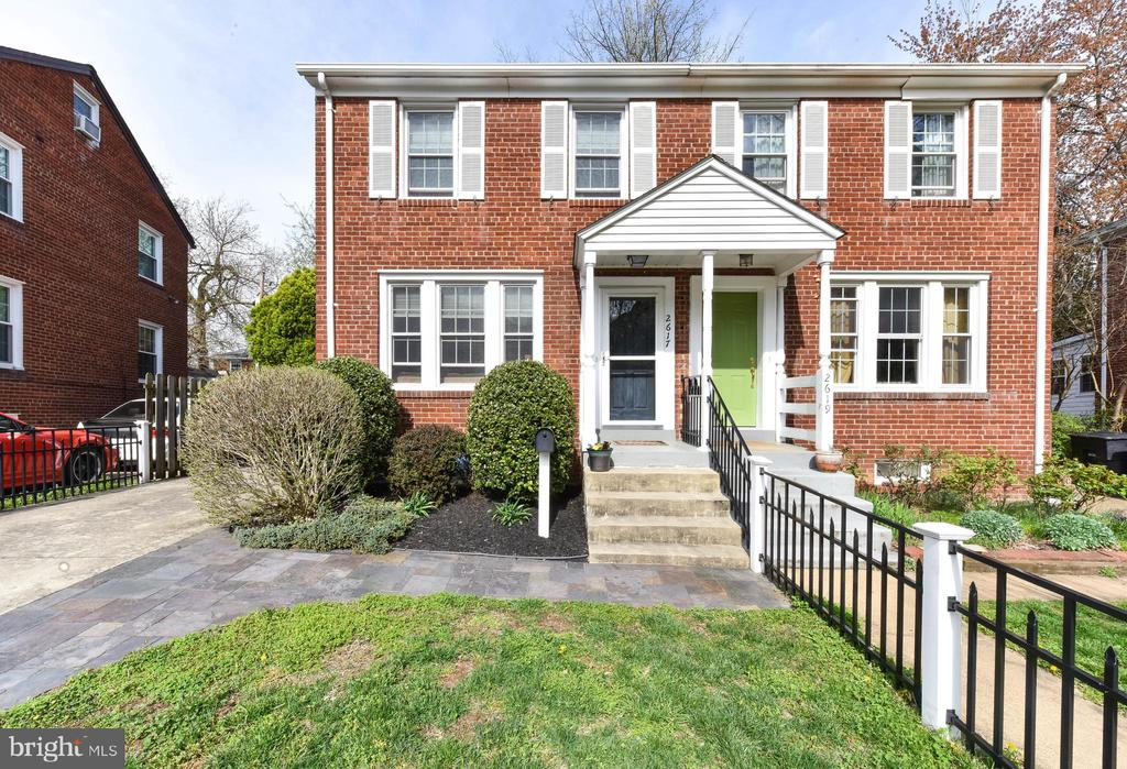 - 2617 S VEITCH ST, ARLINGTON