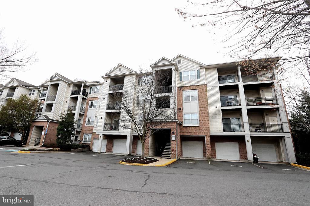 Fairfax Homes for Sale -  Gated,  12140  GARDEN GROVE CIRCLE  302