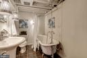 Full Bathroom #2 - Authentic Claw Foot Tub! - 517 N WEST ST, ALEXANDRIA