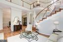 Open and bright - 20258 ISLAND VIEW CT, STERLING