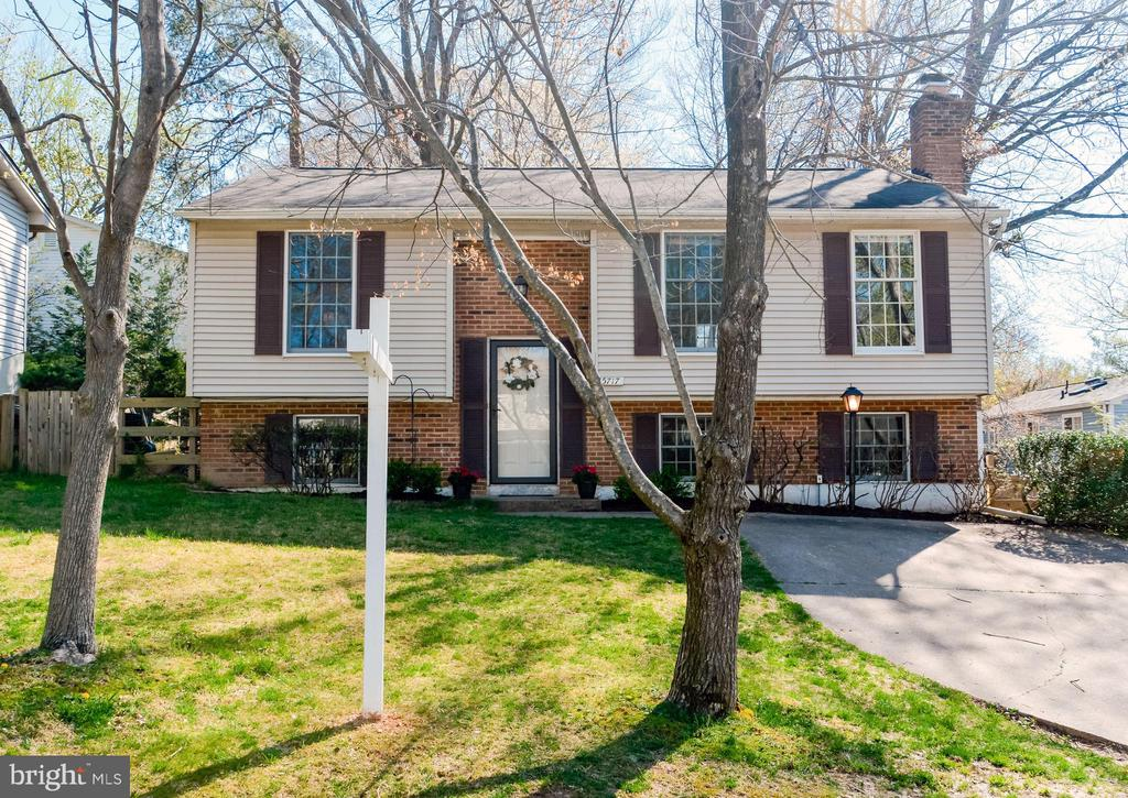 5717  OAK APPLE COURT, Burke, Virginia