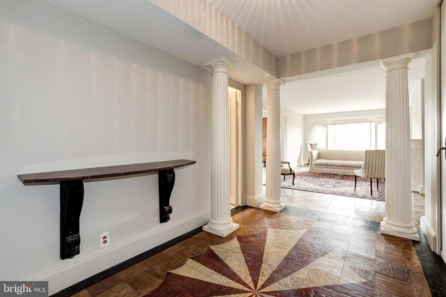 Single Family for Sale at 4201 Cathedral Ave NW #915w 4201 Cathedral Ave NW #915w Washington, District Of Columbia 20016 United States