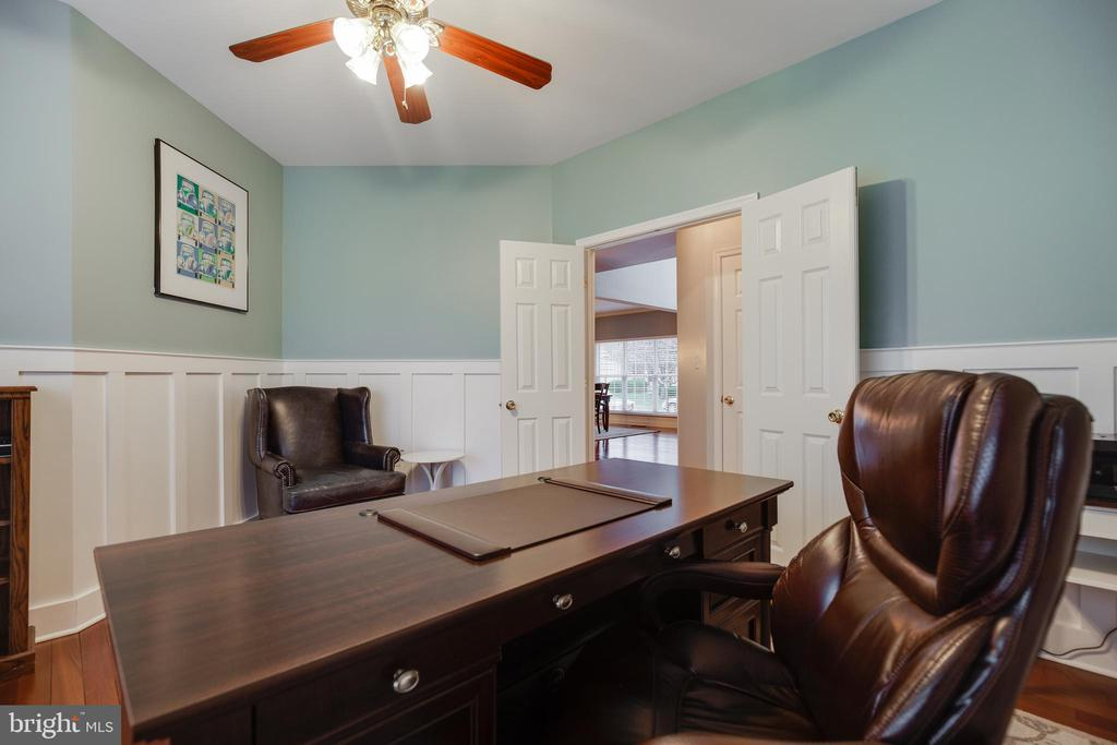 Main Level Office with Custom Moldings/Ceiling Fan - 707 INVERMERE DR NE, LEESBURG