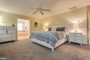 Master Bedroom with Sitting Room/Walk-In Closets - 707 INVERMERE DR NE, LEESBURG