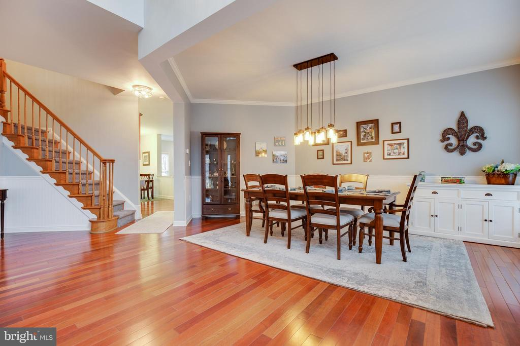 Welcoming Open Foyer/Dining/Living - 707 INVERMERE DR NE, LEESBURG