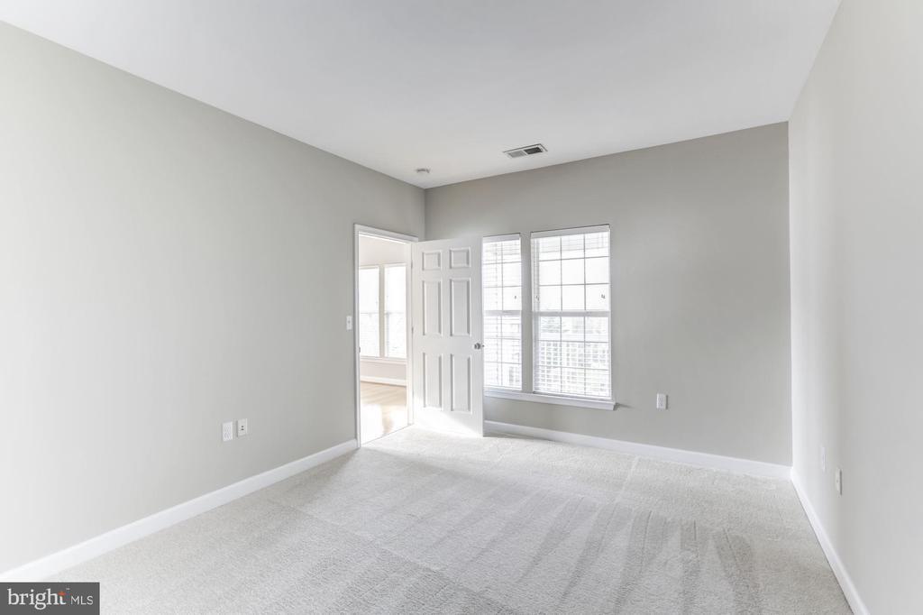 Bedroom Entrance - 42446 MAYFLOWER TER #301, BRAMBLETON