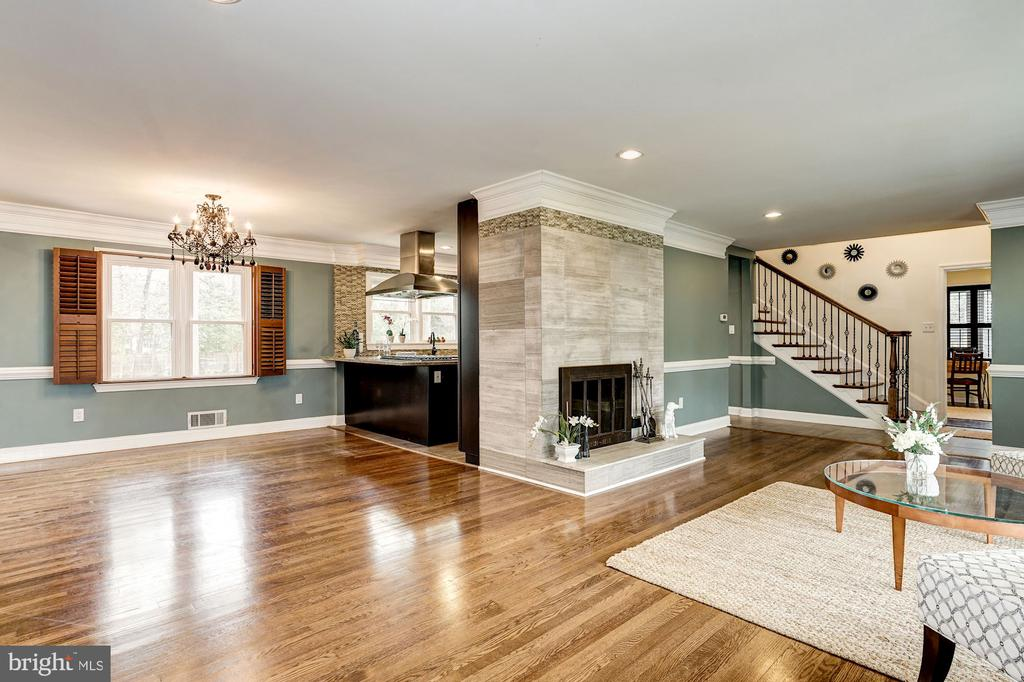 Another great view of openness and spaciousness - 4324 FERRY LANDING RD, ALEXANDRIA