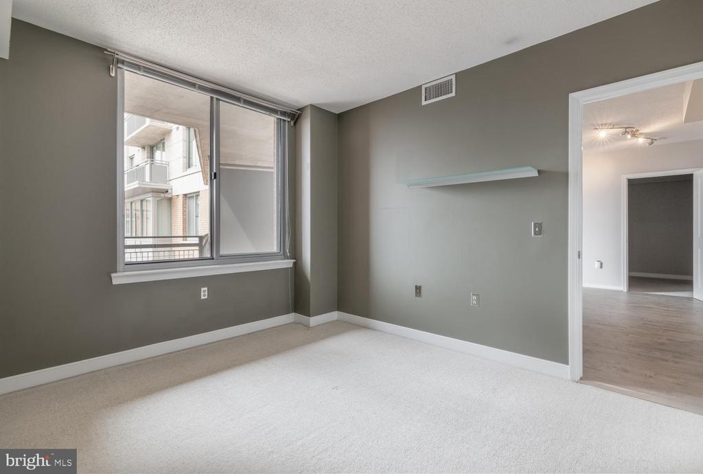 Master Bedroom - 555 MASSACHUSETTS AVE NW #1201, WASHINGTON