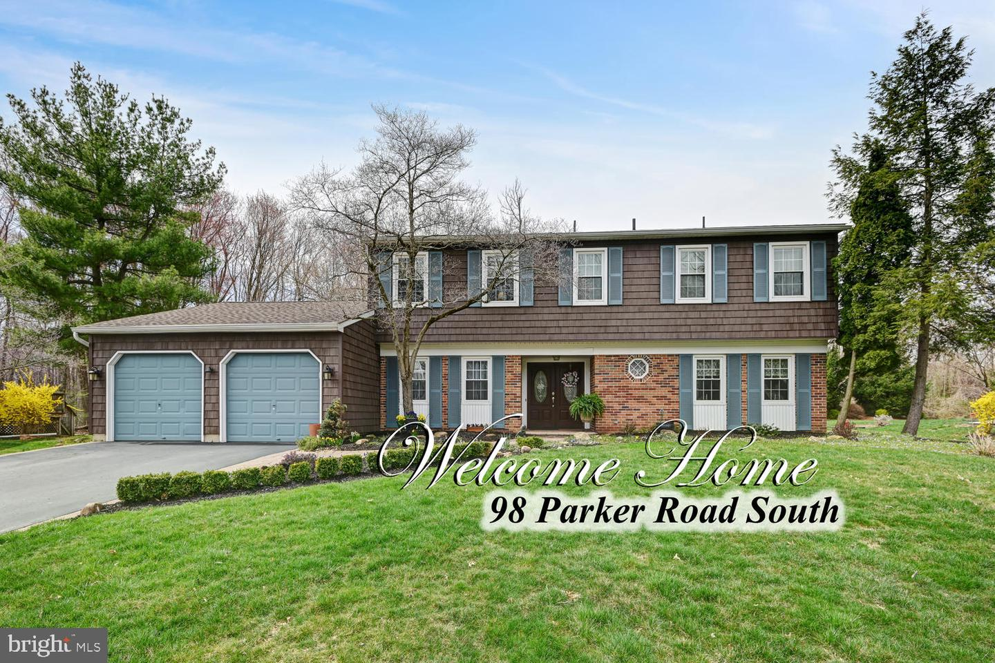 Single Family Home for Sale at 98 PARKER Road Plainsboro, New Jersey 08536 United StatesMunicipality: Plainsboro Township