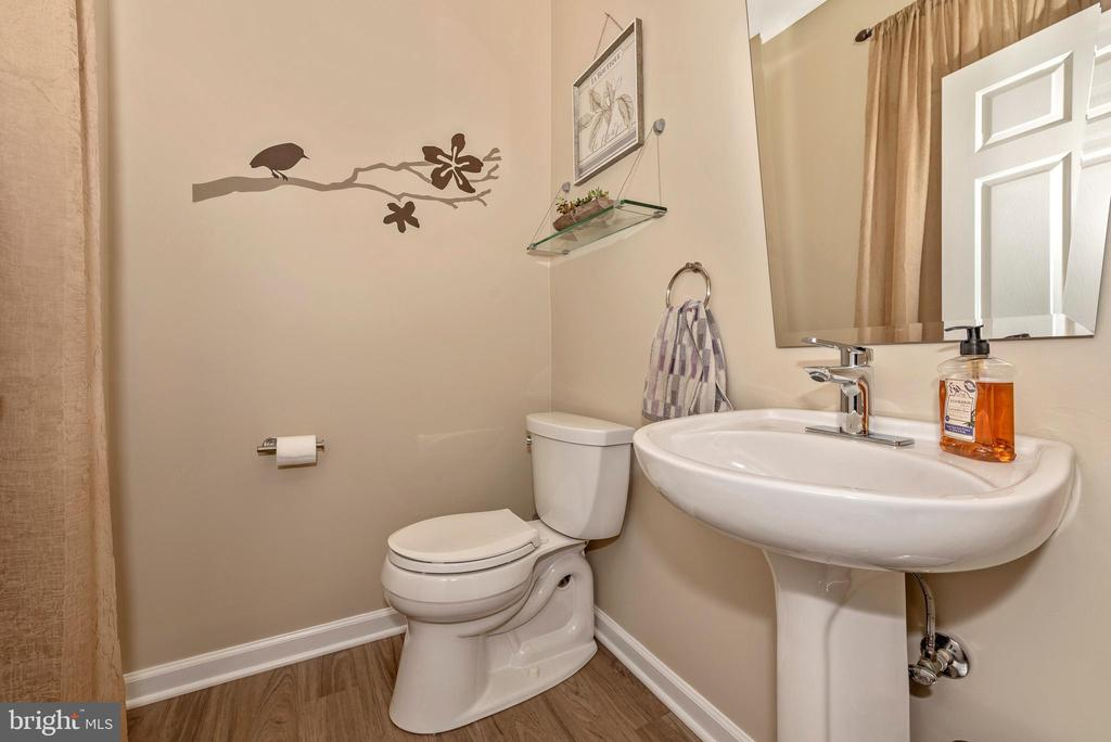 main bath - 9331 HILLSBOROUGH TER, FREDERICK