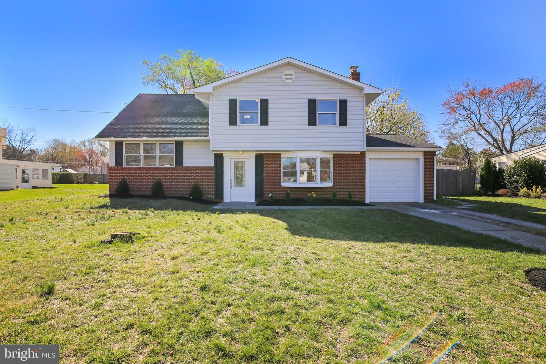 Частный односемейный дом для того Продажа на 3 WINDING WAY Gibbsboro, Нью-Джерси 08026 Соединенные Штаты