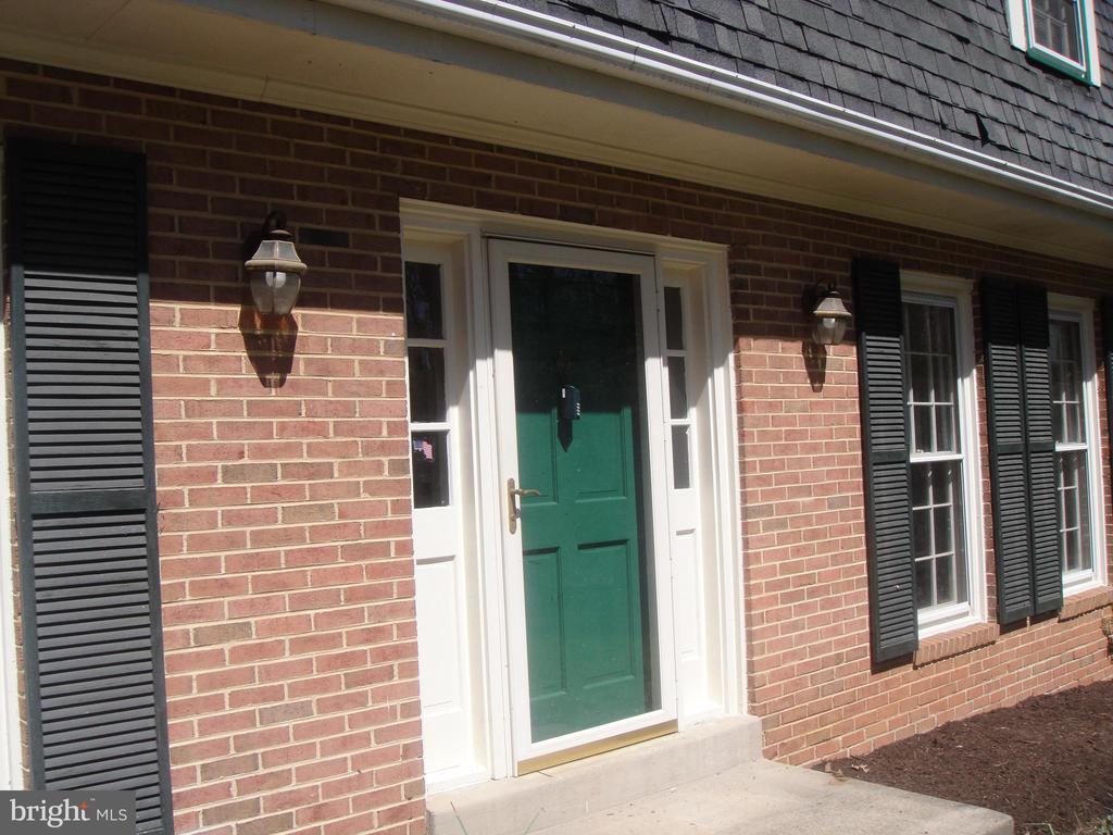 Entrance - 3296 TILTON VALLEY DR, FAIRFAX