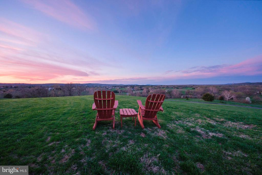 Gorgeous sunsets - 17175 TWIN MAPLE LN, LEESBURG