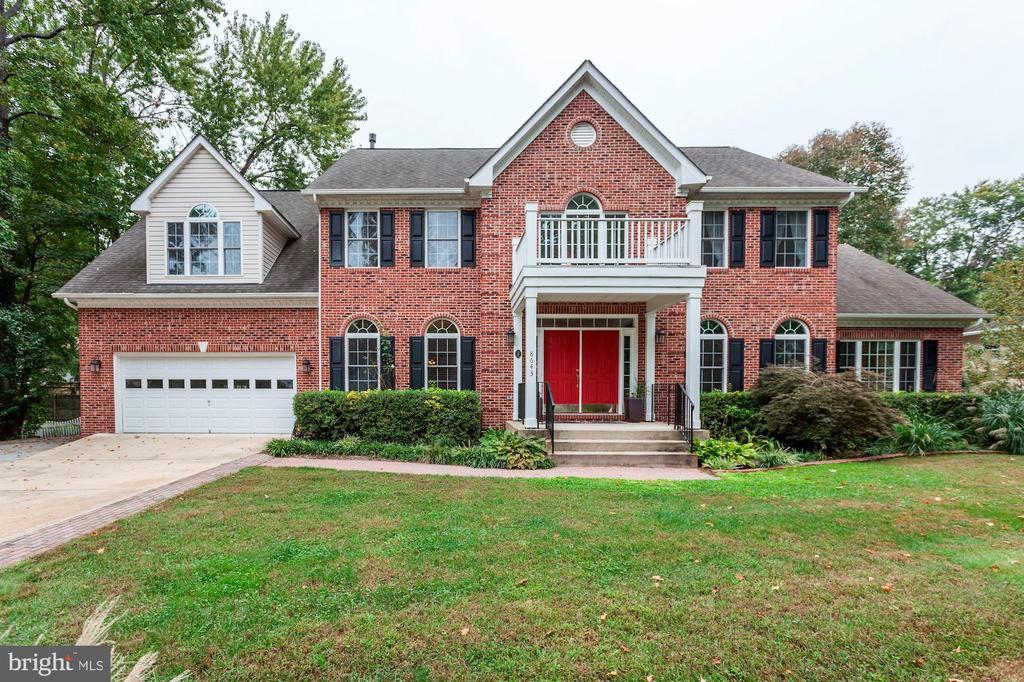 8643  WOODWARD AVENUE, Alexandria, Virginia