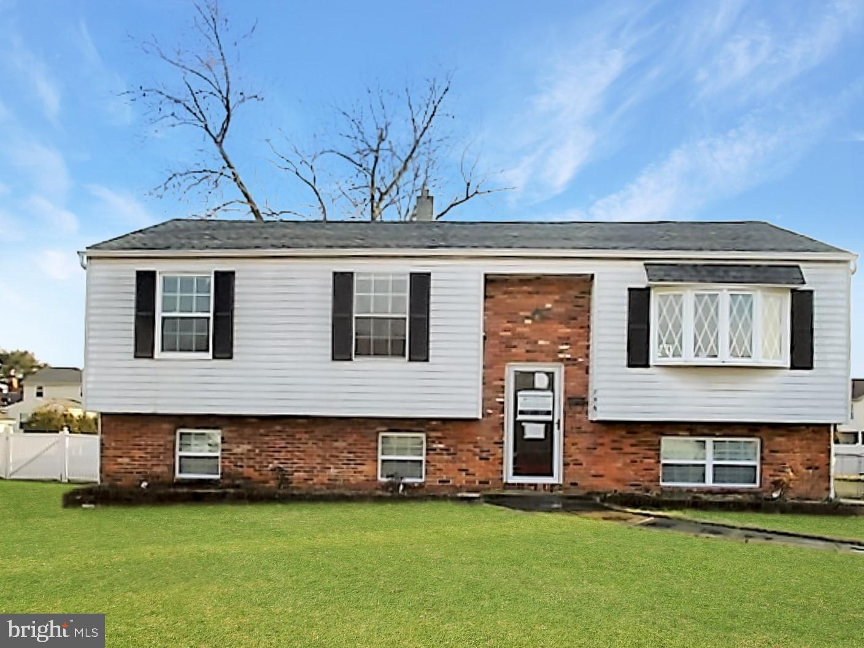 Maison unifamiliale pour l Vente à 756 DUNCAN Avenue Gibbstown, New Jersey 08027 États-Unis