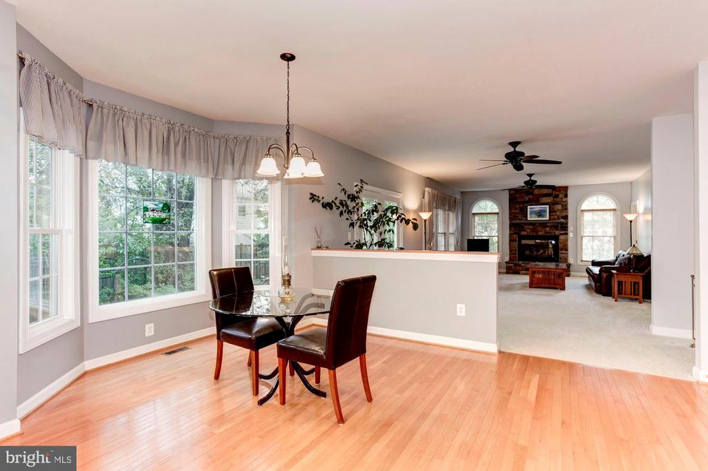 Visit with those in the family room - 8643 WOODWARD AVE, ALEXANDRIA