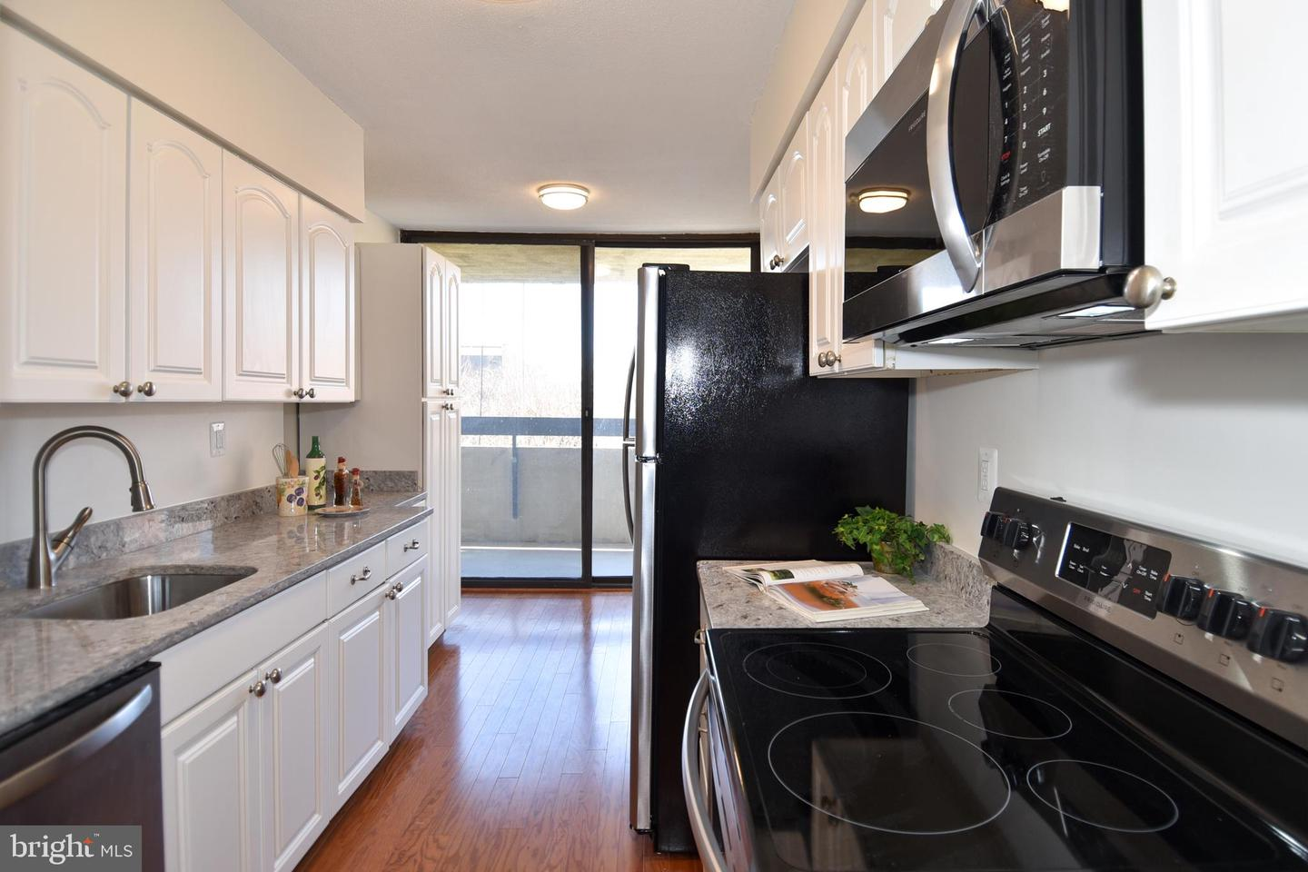 Single Family for Sale at 400 Madison St #203 Alexandria, Virginia 22314 United States